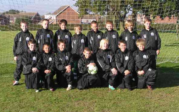 Gorleston Rangers Under 12d in their tracksuits